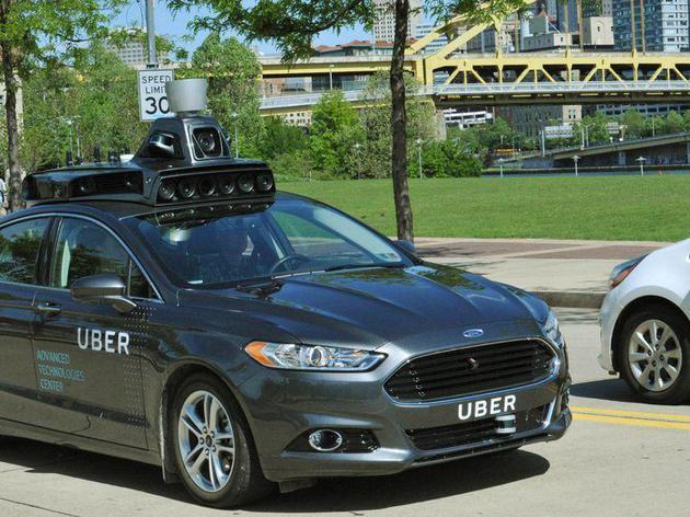 Uber遭遇首起自动驾驶汽车致行人死亡事故 暂停测试