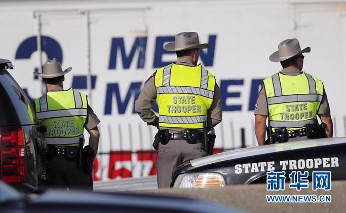 美国得州连环爆炸案嫌疑人自杀身亡 警方提醒民众仍需警惕可疑包裹